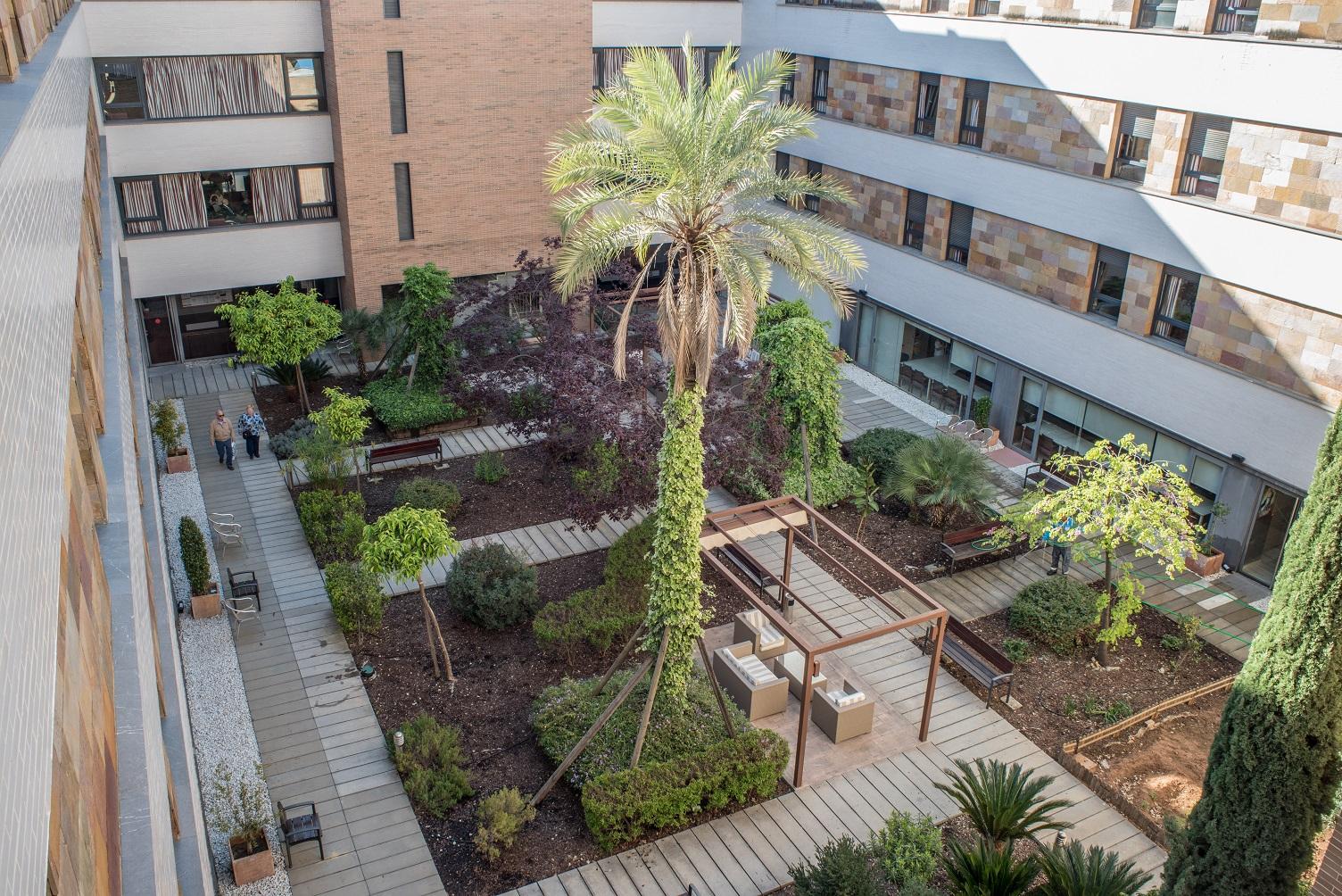 El Ayuntamiento desinfectará las 38 residencias de mayores de la ciudad