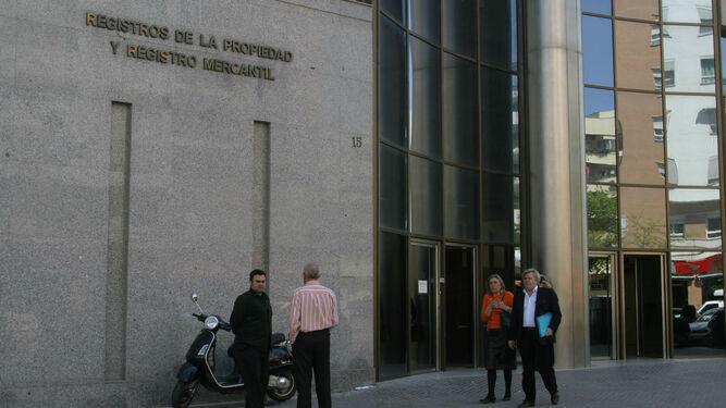 Coronavirus en Sevilla: El Registro crea un sistema telemático para la moratoria hipotecaria
