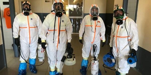 El zoosanitario de Sevilla, en colaboración con la UME avanza el plan extraordinario de limpieza y desinfección ante el COVID 19