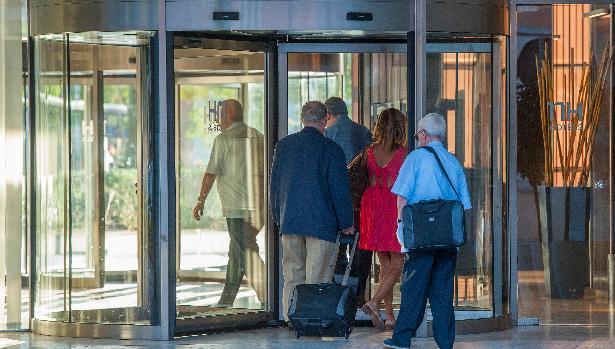 Siete hoteles de Sevilla se ponen al servicio del SAS si faltan camas por la expansión del coronavirus en Sevilla