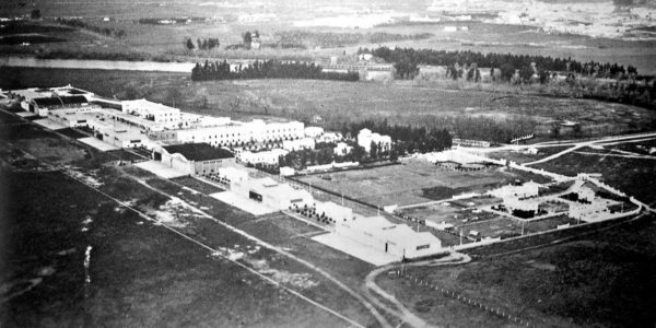 1923: inauguración de la Base de Tablada
