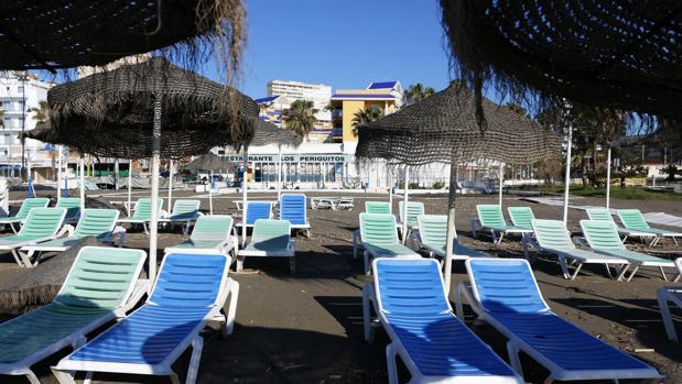 Las dudas sobre el uso de las playas ahuyentan las reservas de hoteles y apartamentos vacacionales