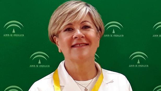 Tina, la enfermera que más sabe de heridas malas en Sevilla