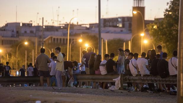 La botellona en Sevilla en tiempos del coronavirus