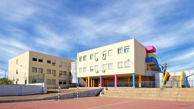 Cuatro maestros de un colegio de Alcalá de Guadaira dan positivo en Covid
