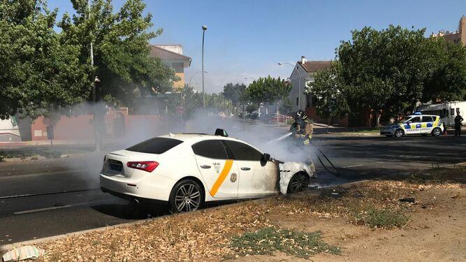 Detenido el taxista del Maserati por estafar al seguro con el incendio del coche