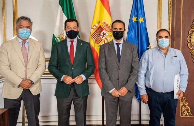 Juanma Moreno desaconseja las reuniones familiares «innecesarias»