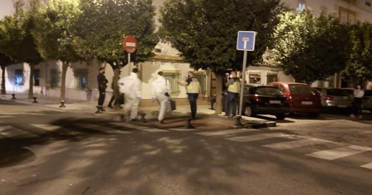 Detienen al hombre que dejó la cabeza de su vecino junto a un contenedor en Huelva