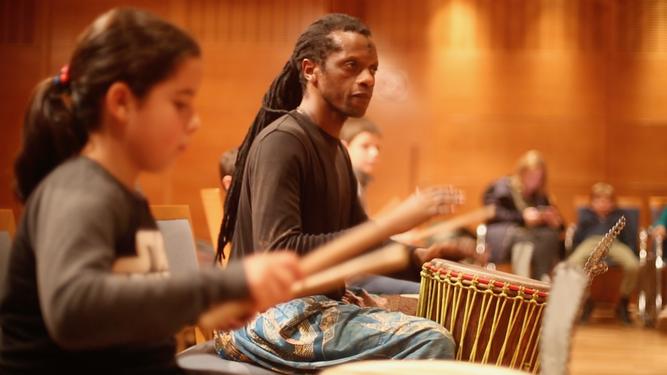 Tres Culturas programa cuentacuentos y conciertos para la familia, los fines de semana