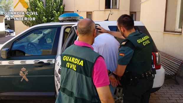Muere la bebé atropellada en Castilblanco por un conductor que dio positivo en drogas