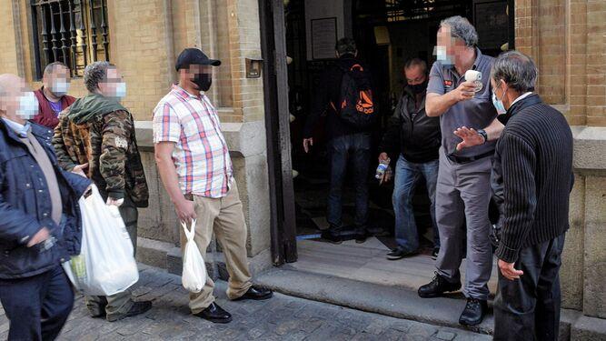 Comedores y economatos de Sevilla reciben el triple de personas que necesitan ayuda