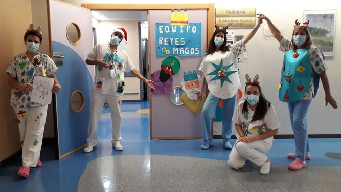 Los emisarios especiales de la Navidad en el Hospital de Valme