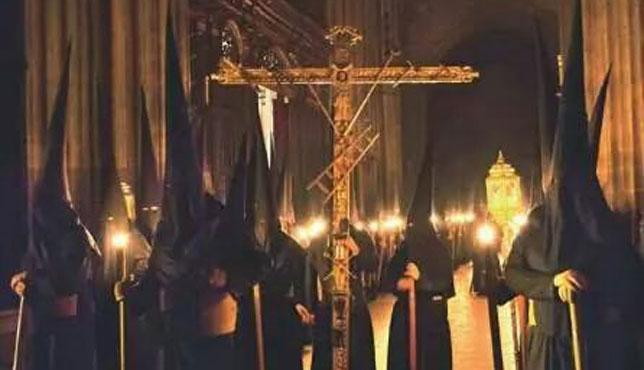 El arzobispo de Sevilla decreta la suspensión de la Semana Santa de 2021