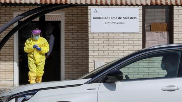 Andalucía detecta cinco casos de la nueva cepa británica del coronavirus