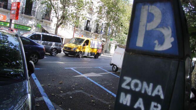 Un jefe de la Policía Local de Sevilla acumuló multas de zona azul en el confinamiento