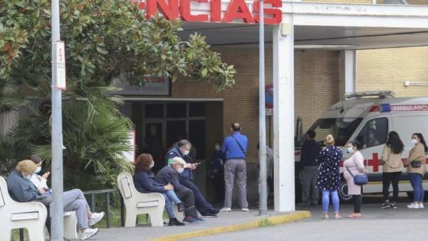 Andalucía ordena el «mando único» de la sanidad pública y privada para luchar contra la pandemia de coronavirus