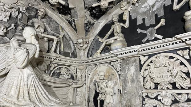 Una joya del barroco tétrico andaluz, en jaque por los desagües del baño de un hospital