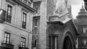 A 90 años de la quema masiva de iglesias en la II República: la locura que Azaña se negó a parar