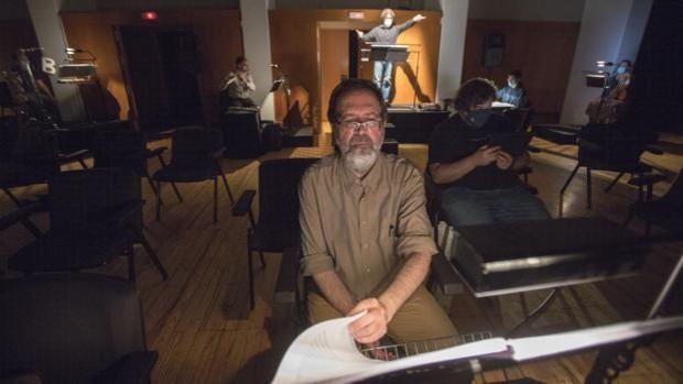 'Es lo contrario', una ópera en total oscuridad para redescubrir la intensidad de la música