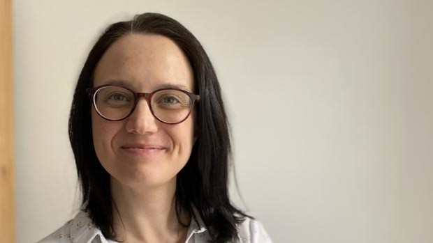 Una doctora sevillana lidera un consorcio europeo que puede mandar a la historia las prótesis tradicionales