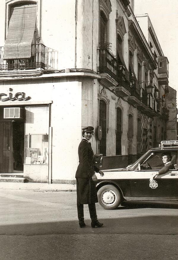 Cuarenta años de las primeras mujeres en la Policía Local de Sevilla