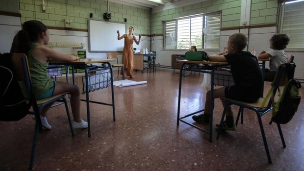 Andalucía pone en marcha de nuevo clases gratuitas en julio para combatir el fracaso escolar