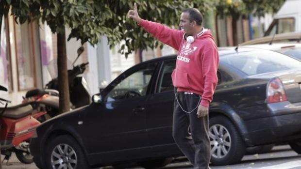 El Ayuntamiento de Sevilla aparca la erradicación de los 'gorrillas'