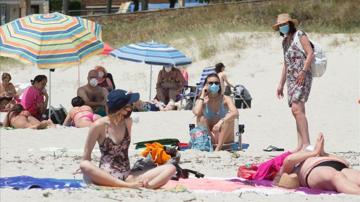 Andalucía dejará de usar mascarillas en exterior «a finales de julio o primeros de agosto»