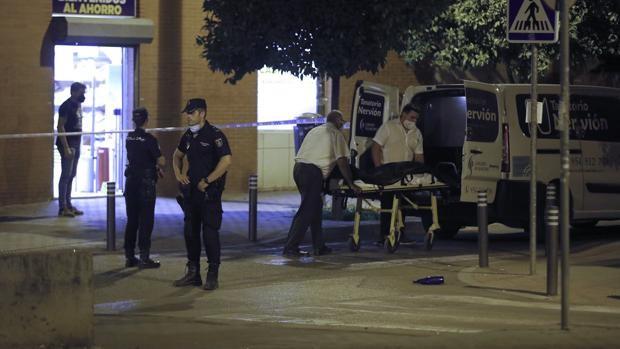 La Policía Local de Sevilla abatió a un experto atracador que acababa de salir de prisión
